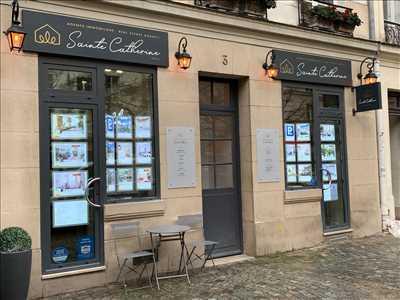 Photo Agence immobilière n°42 à Paris par Nadia